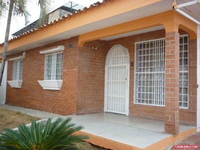 Casa En Venta Fundacion Mendoza Carabobo 19-8726rp