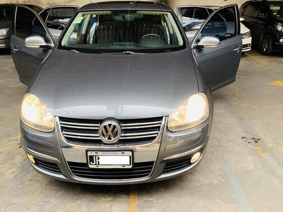 Volkswagen Vento 2.5 Tiptronic 2011