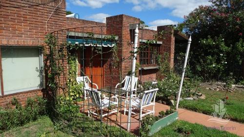Casa En Venta Punta Del Este 3 Casas En Un Padron - Ref: 29614