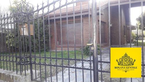 Vendo Chalet 3 Dormitorios. En Amplio Lote. Pinto Al 1600