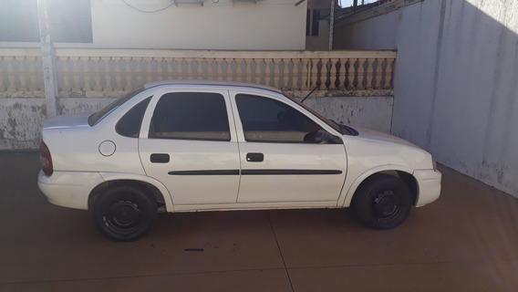 Chevrolet Corsa 2002 1.0 Wind 5p Álcool