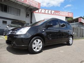 Impecavel Nissan Livina 1.6 Night & Day Flex 5p