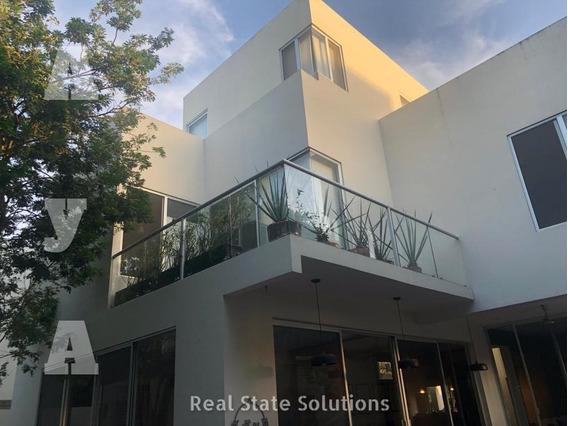 Casa En Venta/renta De 3 Recámaras, 3 Niveles, Piscina, Cumbres Residencial, Cancún
