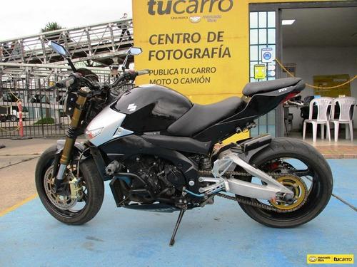 Moto Suzuki Gsr600