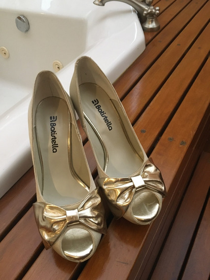 Stilettos Dorados Batistella