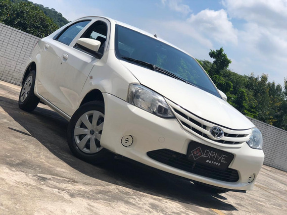 Toyota Etios 1.5 X Manual 2014