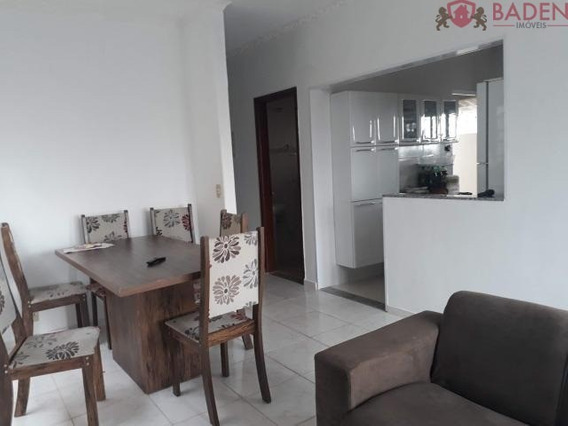 Casa 3 Dormitórios Sendo 1 Suíte - Ca00821