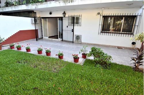 Imagen 1 de 24 de Departamento 4 Ambientes Con Patio Y Jardin En Villa Devoto