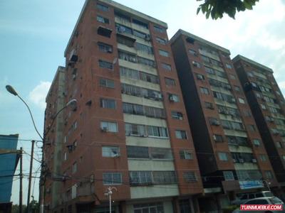 Apartamento En Venta En La Avenida Libertador