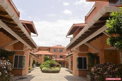 Townhouses En Alquiler Guataparo Villas Country