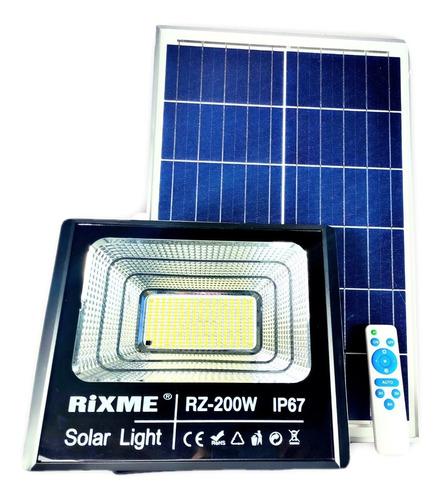 Imagen 1 de 3 de Reflector Solar Led 200w De Poder C/panel Solar Ip66