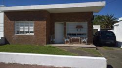 Piriapolis: Muy Linda Y Bien Ubicada Casa En Piriapolis.