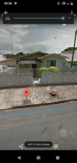 Terreno 304m Casa Com Três Quartos,está Alugada No Momento.