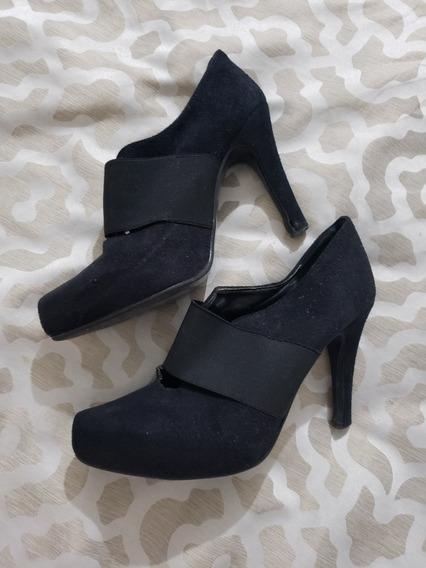 Hermosos Zapatos Cerrados Negro Talla 24 Marca Lob