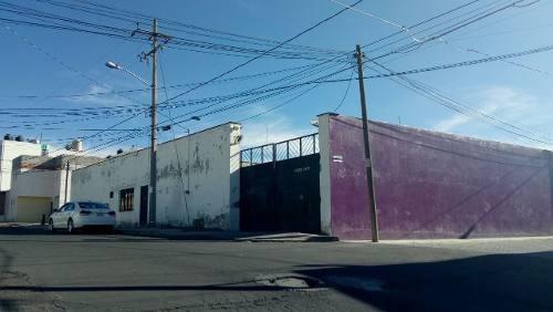 Rento Bodega Muy Amplia, Cerca De La Paz, La Recta, Esteban De Antuñano, Reforma Sur.