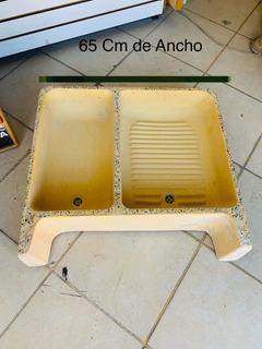 Lavadero Con Pileta Amarillo De Granito Con Piedra 65x60