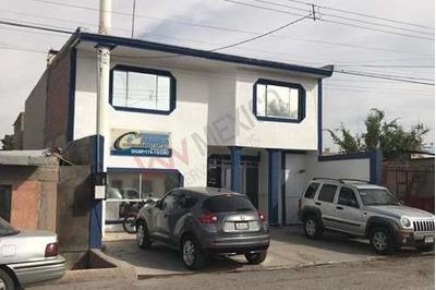 Oficinas Local En Venta En Blvd. Gomez Morin