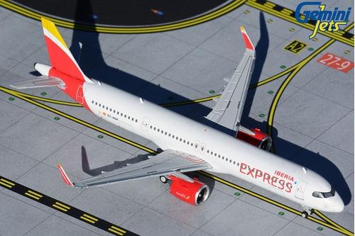 Miniatura Gemini Jets 1:400 Iberia Express Airbus A321neo