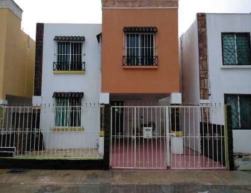 Casa En Renta Calle Gibraltar, San Miguel