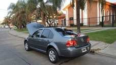 Volkswagen Bora 2.0 Trendline ..año 2012..unico ..financio