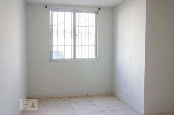 Apartamento Para Aluguel - Olaria, 2 Quartos, 47 - 893009191