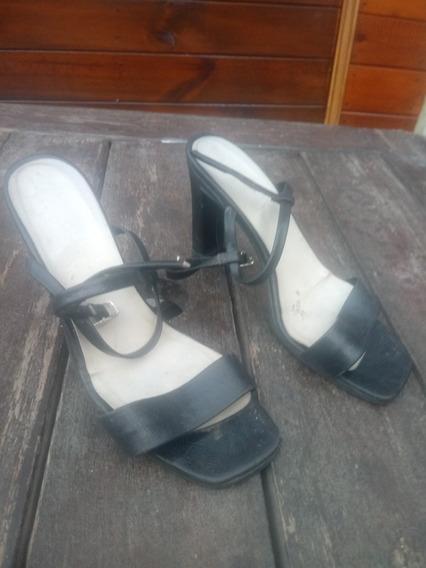 Zapatos Con Taco Flebo