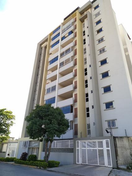 Apartamento En San Jacinto / Paola Gomez 04144685758