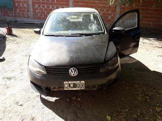 Volkswagen Voyage 1.6 Comfortline 101cv 2013