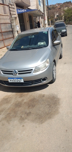 Imagem 1 de 8 de Volkswagen Voyage 2011 1.0 Vht Trend Total Flex 4p