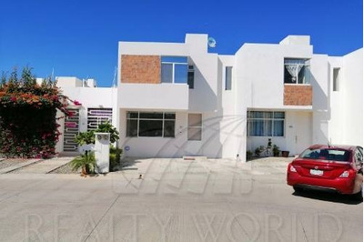 Casas En Venta En Marimar, Manzanillo