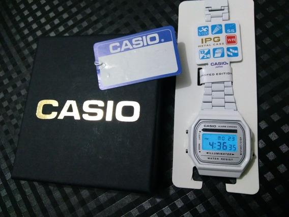 Relógio Casio Vintage White