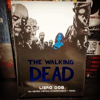 The Walking Dead Deluxe Libro Dos