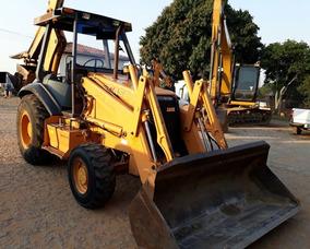 Retroescavadeira Case 580 L 4x4 Ano 2001