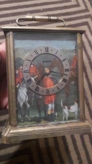 Reloj De Mesa Antiguo Swiss Made Electrónico, Coleccionable.