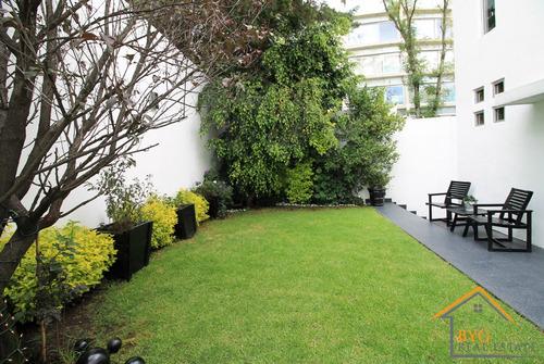 Imagen 1 de 23 de Con Jardin En Lomas, Casa Amueblada Super Iluminada.
