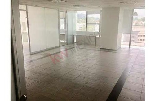 Oficina En Renta En Torre Quadrata Piso 5 Oficina 501