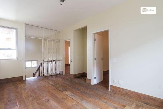 Casa Com 590m² E 4 Quartos - 1517
