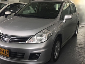 Nissan Tiida Emotion 1.8 Mt 2012 5p