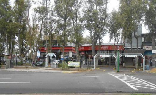 Locales Comerciales Rubro Industriales De 50 A 100 Metros