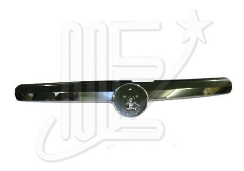 Imagen 1 de 1 de Moldura Rejilla Cromada Radiador Siena Fase 4