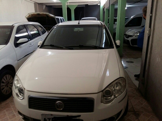 Fiat Palio Weekend 2011 1.4 Attractive Flex 5p