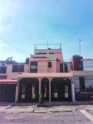 Hermosa Casa Super Amplia Centro De Izcalli Luna Parc Bancos