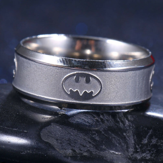 Batman Anillo De Titanio Color Plateado