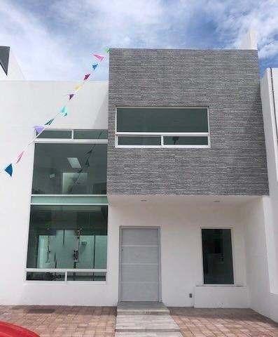 Adr/ Hermosa Casa En El Refugio