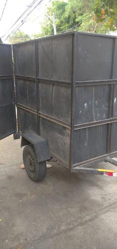 Imagem 1 de 6 de Truck