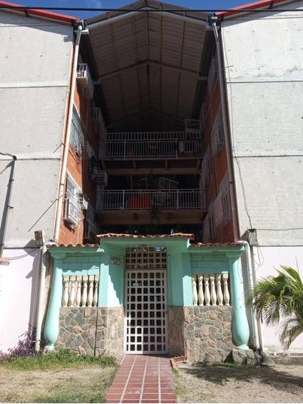 Apartamentos En Venta Lisbeth García 04128676402