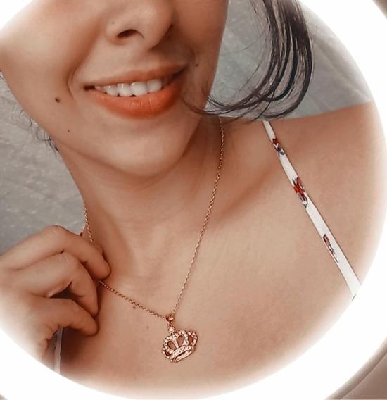 Colar Feminino Pingente Coroa Banhado Ouro Rose - J1940