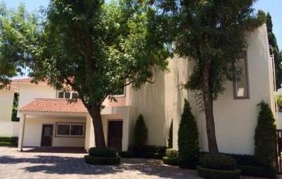 Renta Casa En Condominio, Jardines Del Pedregal Impecable