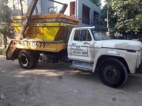 Camión Con Equipo Porta Volquete