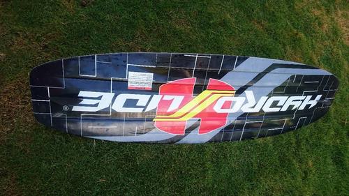 Imagen 1 de 5 de Tabla Wakeboard Esquiar Made In Usa Casi Nueva